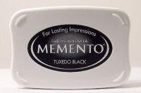http://www.stempelwunderwelt.at/Stempelkissen/Memento/Memento---Tuxedo-Black---Stempelkissen.html
